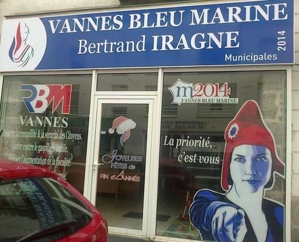 FN : à la permanence de Vannes, le bonnet est rouge mais c'est un bonnet…phrygien