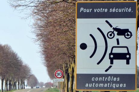 Les vandalismes de radars n'empêchent pas la mortalité routière de baisser