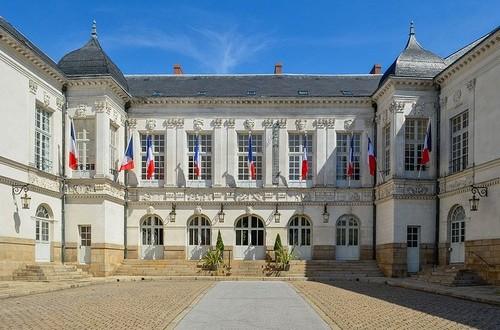 Nantes. 25 adjoints pour administrer la ville : 4 de plus qu'à Paris !