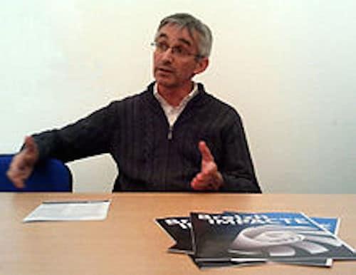 Décentralisation : Jean-Pierre le Mat (Bonnets rouges) invité du PS
