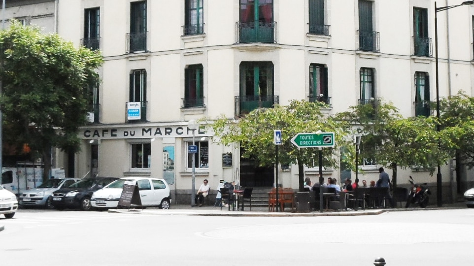 À Nantes, le Café du Marché hésite entre tradition et supplément au menu