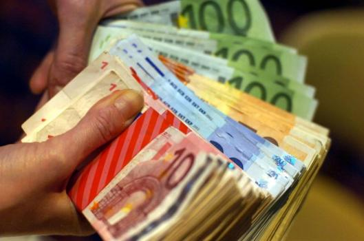 Subventions communautaristes et idéologiques: la mairie socialiste de Nantes a toujours de l'argent à dépenser