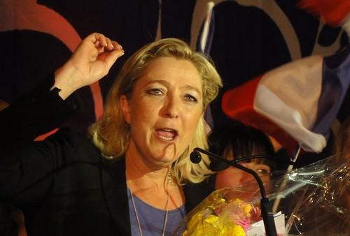 Marine Le Pen tacle
