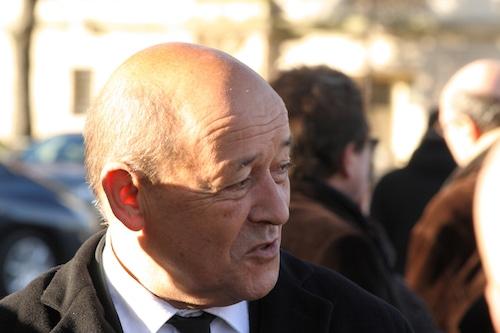 Jean-Yves Le Drian embauche une employée bretonne du Medef