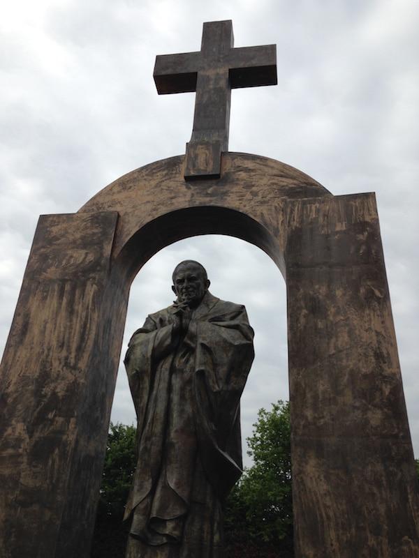 statue_jeanpaul2