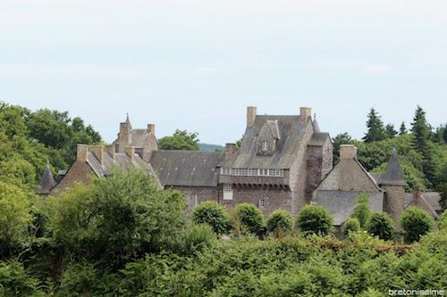 Brocéliande. A la découverte des belles maisons de la ville et du château [photos]
