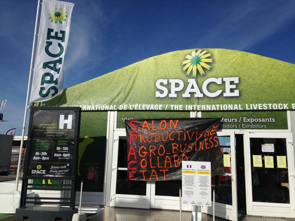 SPACE de Rennes. La colère des agriculteurs , la fuite des ministres [reportage photo et vidéo]
