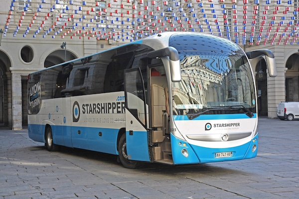 starshipper lance des lignes de bus low cost depuis brest nantes et rennes. Black Bedroom Furniture Sets. Home Design Ideas