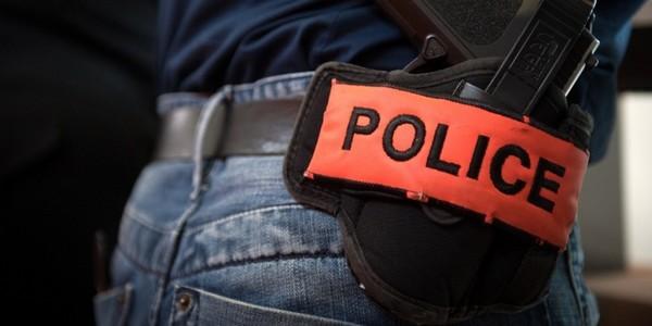 policiers