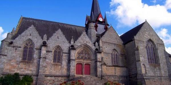 Sérent, 3.000 habitants, 100 « réfugiés » : vers la fin d'un village breton ?