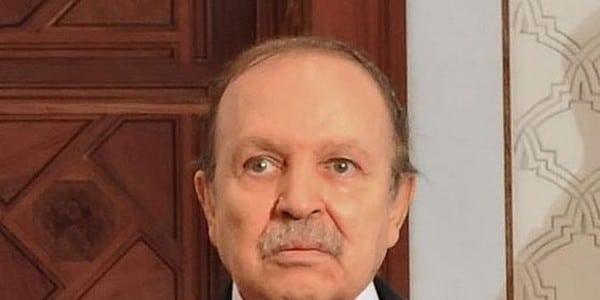 Fin de règne à Alger