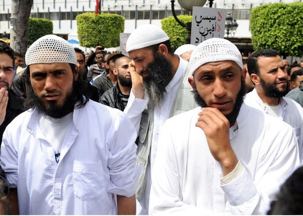 Des islamistes en Tunisie