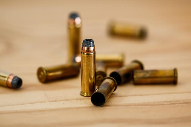 Armes à feux. Face au terrorisme, la Commission européenne veut désarmer la population