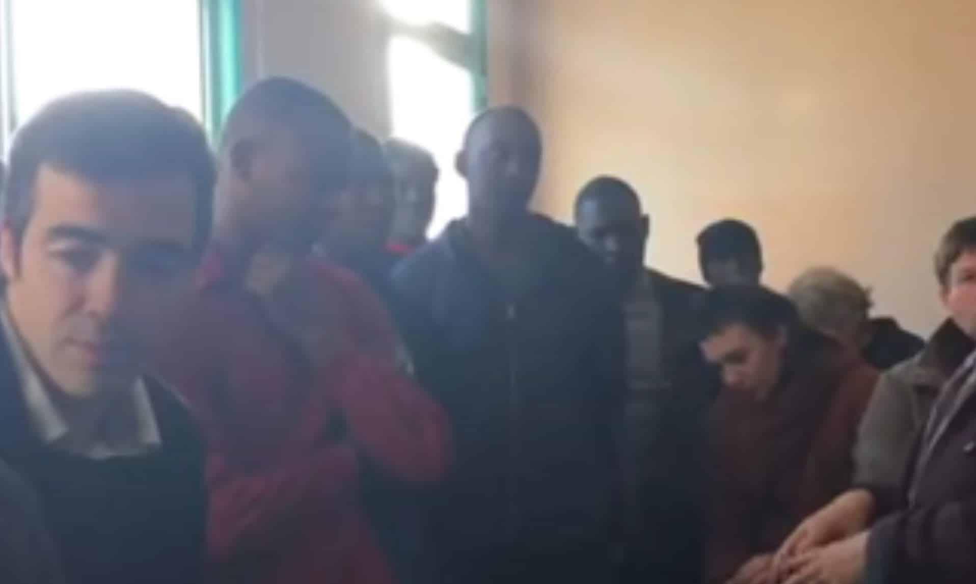 Africains et Afghans à Pleyber-Christ (29) : démissions dans le conseil municipal, la colère gronde …