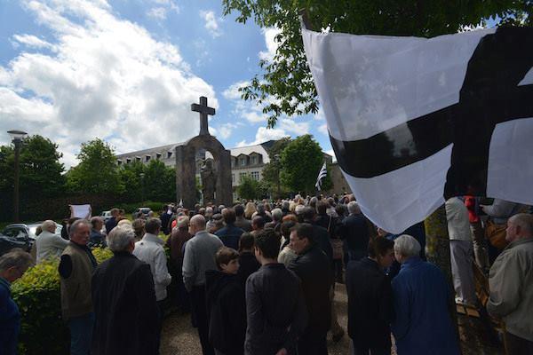 Ploërmel. Une victoire pour les défenseurs de la statue de Jean-Paul II