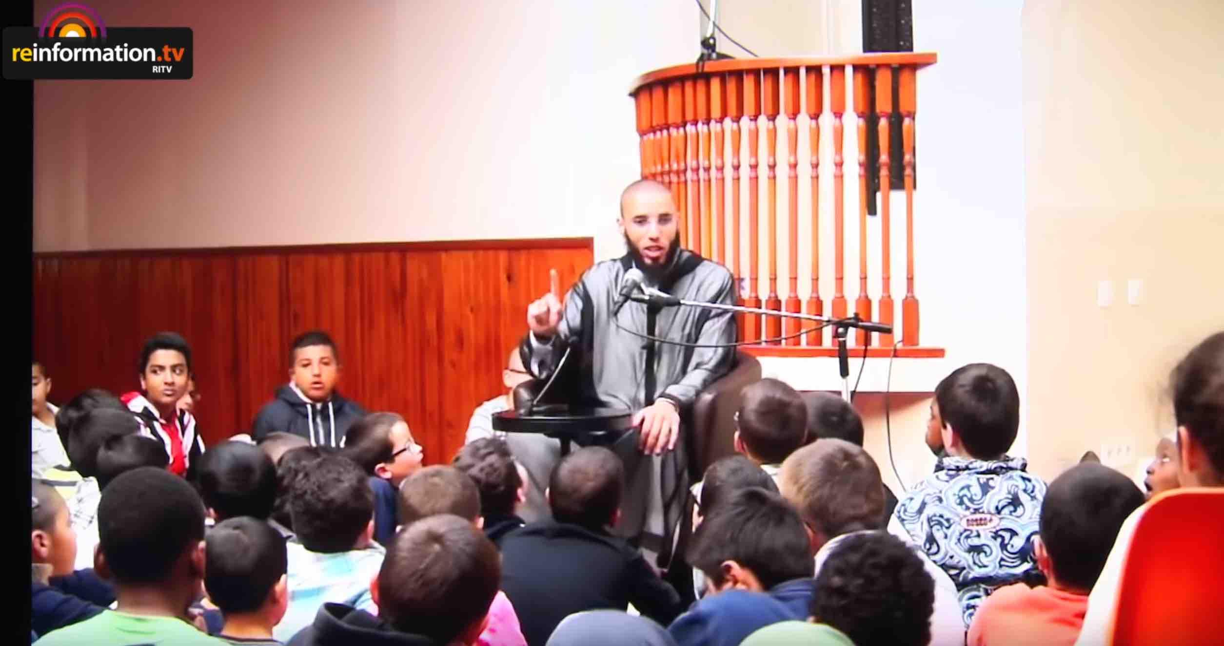 Brest. Reinformation.tv enquête sur l'entourage de la mosquée Sunna de Brest [video]