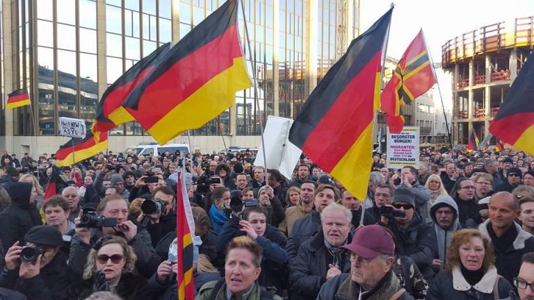 Cologne. La manifestation contre l'immigration réprimée. Nouvelle désinformation