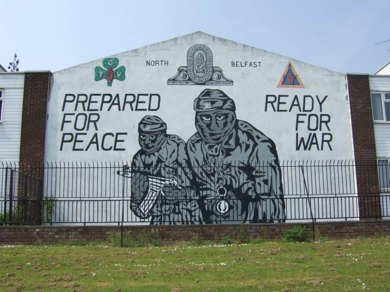 Irlande du Nord. « Le financement des communautés loyalistes aidera à éviter la violence lors de la réunification »