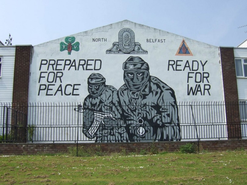 Irlande du nord quand le point confond m moire hommage for Mural irlande