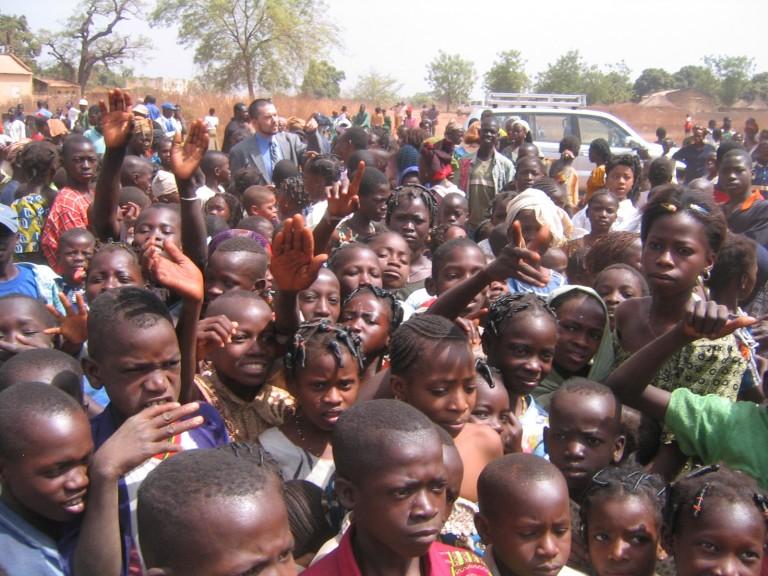 Fécondité des hommes : 13 fois plus élevée en Afrique qu'en Europe !