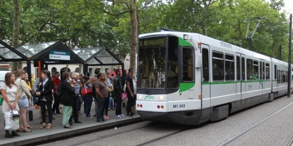 Nantes.  Trams et bus  à l'arrêt suite à l'agression très violente d'un conducteur