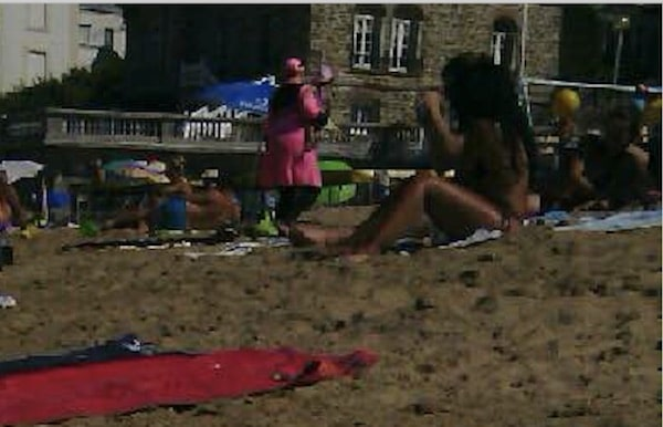 Dinard. Trois femmes en burkini suscitent l'indignation de locaux