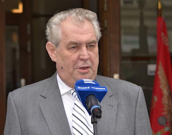 Miloš Zeman (président Tchèque) s'exprime sur les armes, l'immigration, le terrorisme