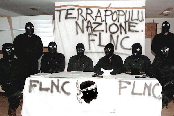 En Corse c'est la population qui a désormais l'initiative
