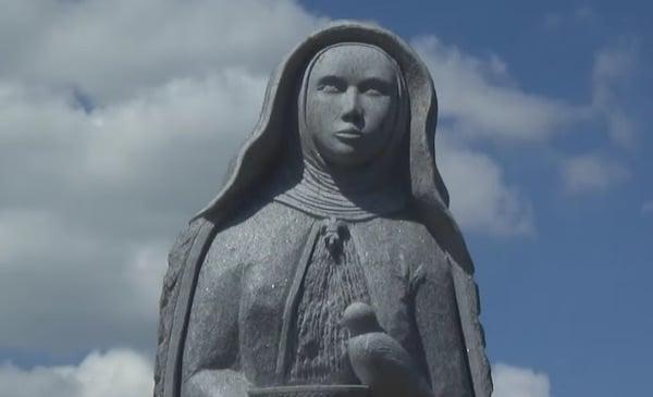 Carnoët. Treize nouvelles sculptures inaugurées à la Vallée des Saints