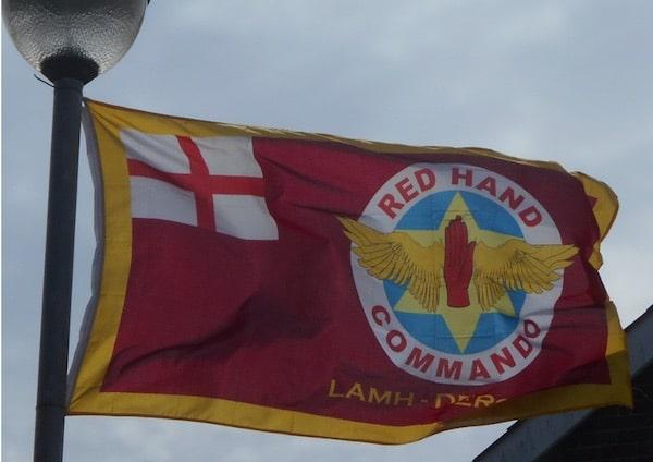 Belfast. Des loyalistes appellent les habitants des quartiers à retirer les drapeaux