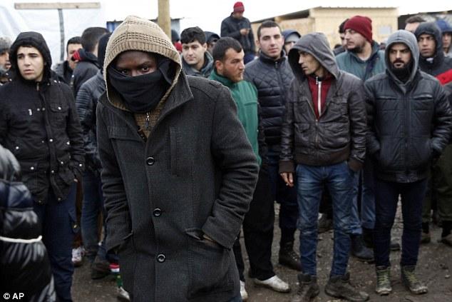 Saint-Brévin-les-Pins (44). Une mobilisation contre l'accueil des migrants de Calais, ce samedi 11h.