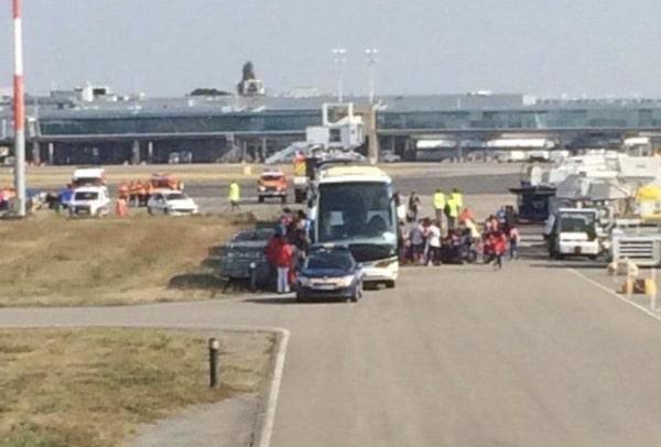 Saint Brévin les Pins (44). Des migrants sont arrivés ce jour à l'aéroport de Nantes [exclu] [MAJ]