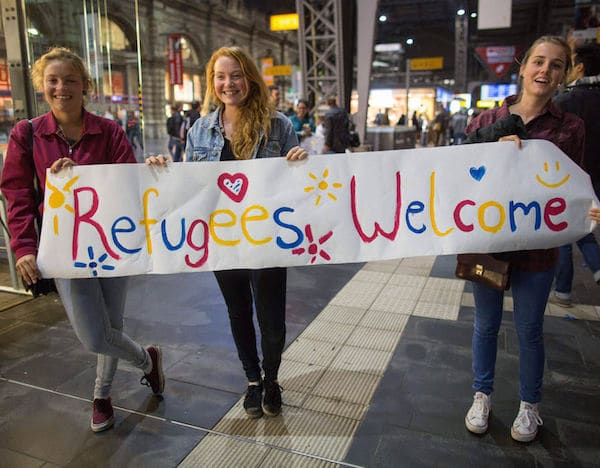 refugees_welcomerefugees_welcome