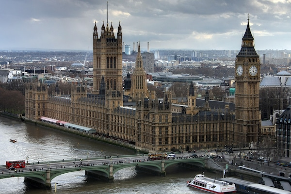 Le Brexit face à la souveraineté des Chambres: un problème révolutionnaire