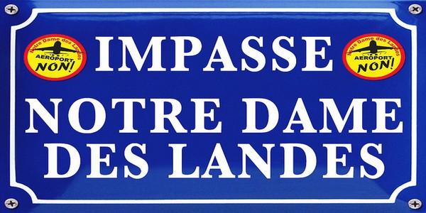 notre-dame-des-Landes_bernard_cazeneuve_arrete_fraisnotre-dame-des-Landes_bernard_cazeneuve_arrete_frais