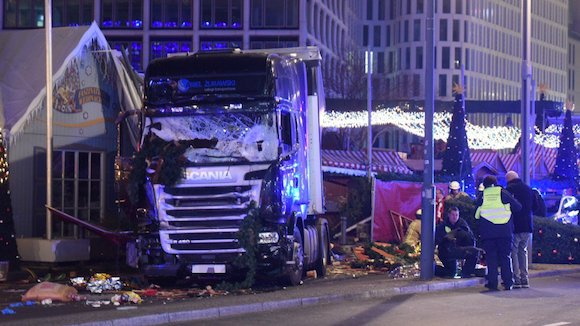 Berlin: ce que l'on sait de l'attentat du marché de Noël
