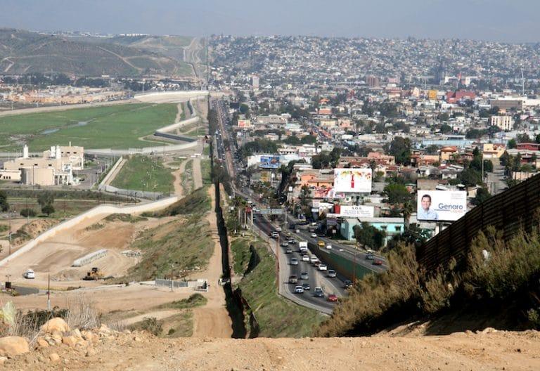 Le mur entre les Etats-Unis et le Mexique déjà construit de moitié !