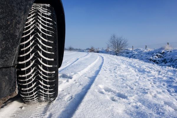 hiver neige verglas quelques conseils pour les automobilistes. Black Bedroom Furniture Sets. Home Design Ideas