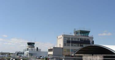 Aéroport_de_Rennes_-_Saint-Jacques_-_tours_de_contrôle