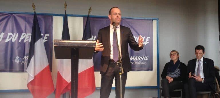 Steeve Briois (FN) à Vannes pour mobiliser les militants morbihannais