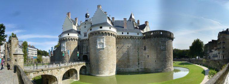 Nantes. Pétition pour que le Château des Ducs retrouve son nom sur internet [Interview]
