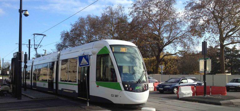 Nantes. Clandestin égorgé dans le tramway: deux des protagonistes du meurtre arrêtés