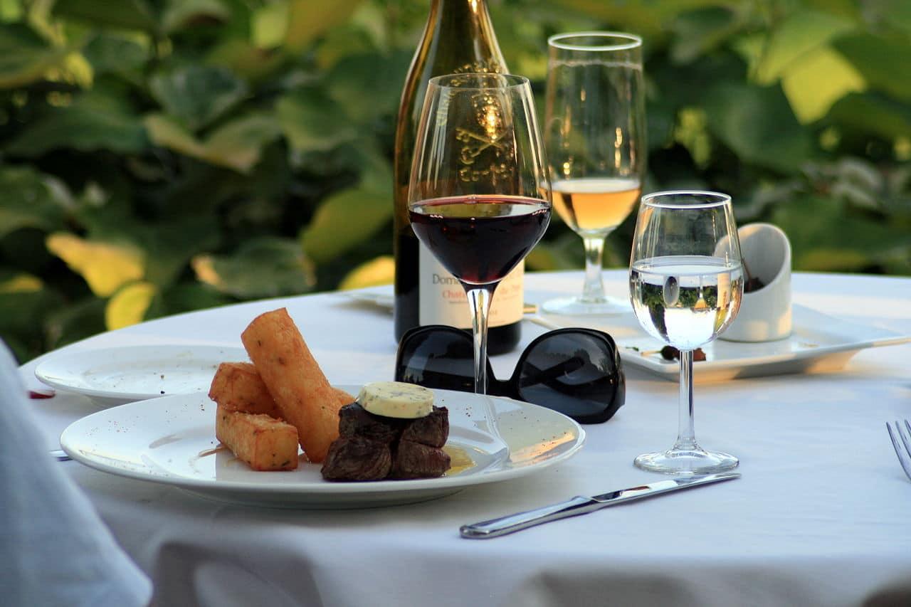 Quimper le salon du vin et de la gastronomie se tient du for Salon du vin toulouse 2017