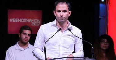 Benoit_Hamon_meeting_Saint-Denis_-_face