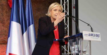 Marine Le Pen La Trinité Porhoet