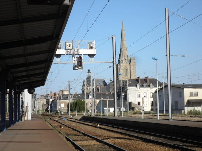 Retards sur la ligne SNCF Nantes – Rennes par Redon: les usagers excédés