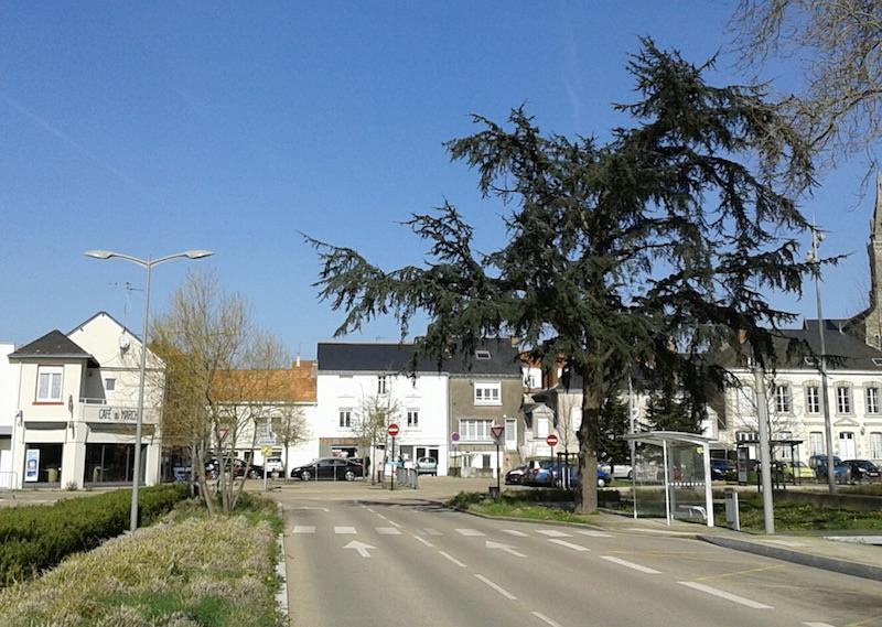 Hotel Le Breton, Basse-Indre, France - Booking.com