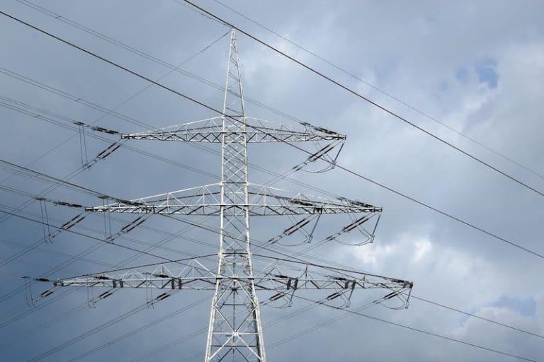 Ouverture du marché de l'énergie. Craintes et  blocages chez la majorité des consommateurs