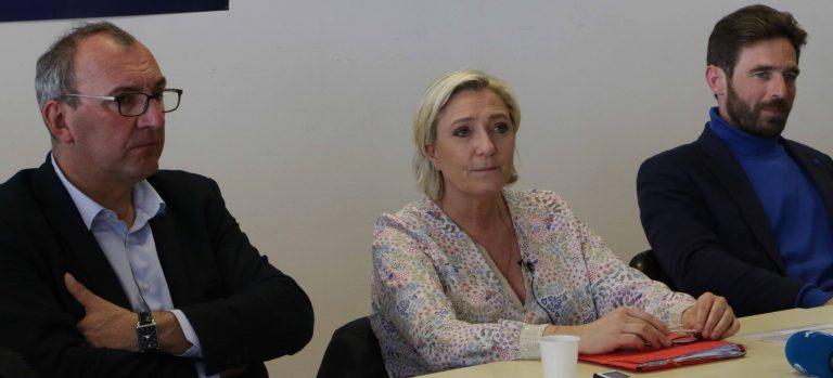 Erquy.  Marine Le Pen à la rencontre des pêcheurs bretons