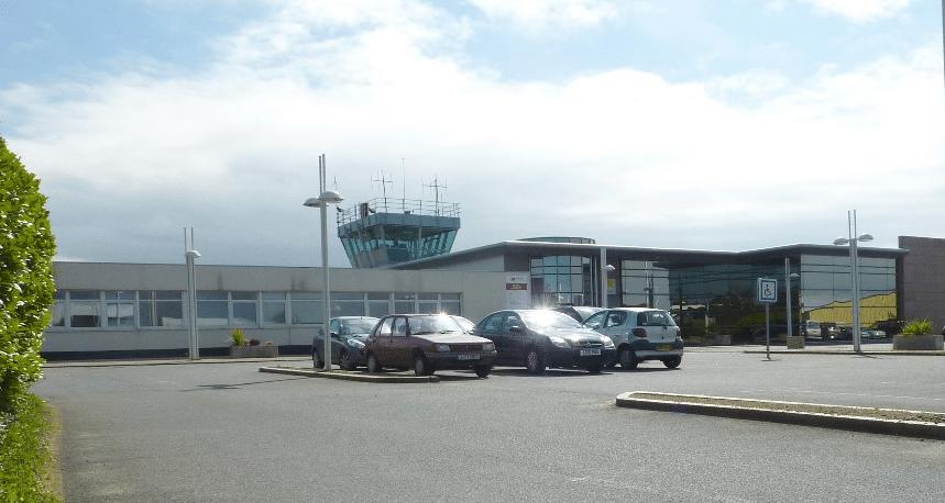 La chambre régionale des comptes bombarde les aéroports de Lannion et Saint-Brieuc